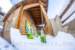 Apéritif sur la terrasse du chalet à Pyrénées 2000 Font Romeu