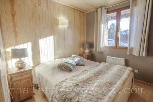 chambre avec lit 160 chalet cosy